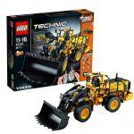 LEGO Technic LEGO 42030 - La chargeuse sur pneus t�l�command�e VOLVO L350F
