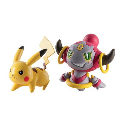 Figurine Pikachu Vs Hoopa Enchaîné
